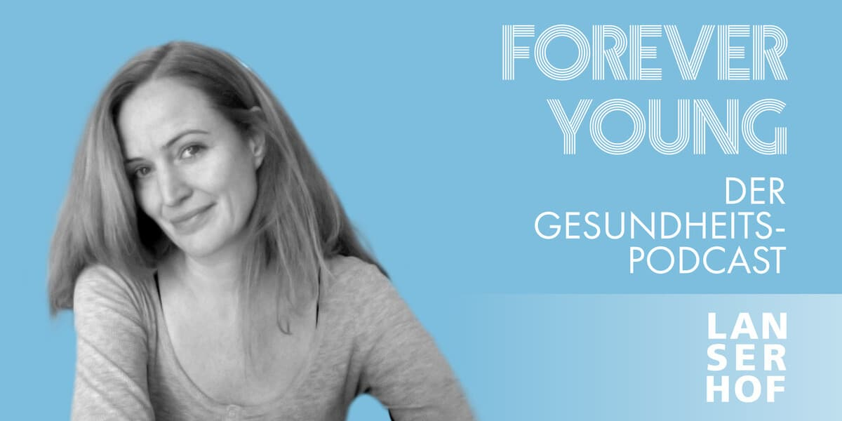 Thumbnail des Forever Young Podcasts mit Debbie Wilbertz