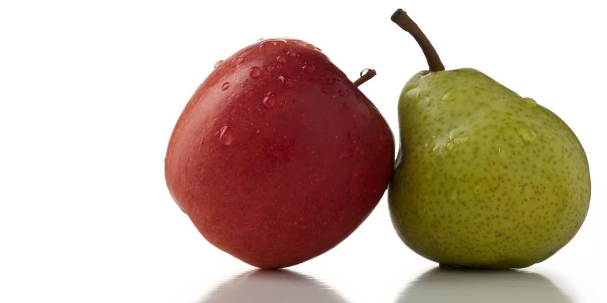 Roter Apfel und grüne Birne