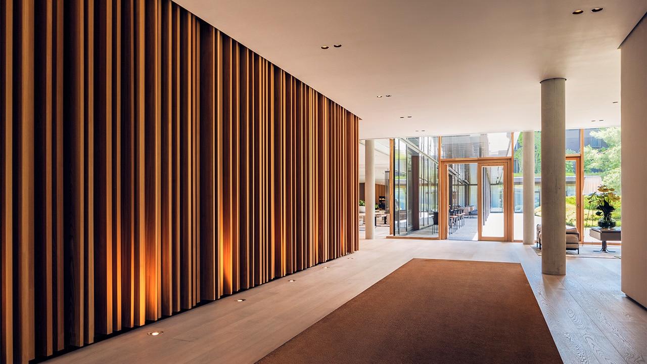 Eingangsbereich des Lanserhof Resorts Tegernsee