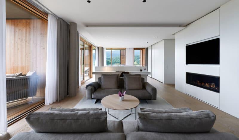 Elysium Loft Suite Wohnzimmer im Lanserhof Resort Tegernsee