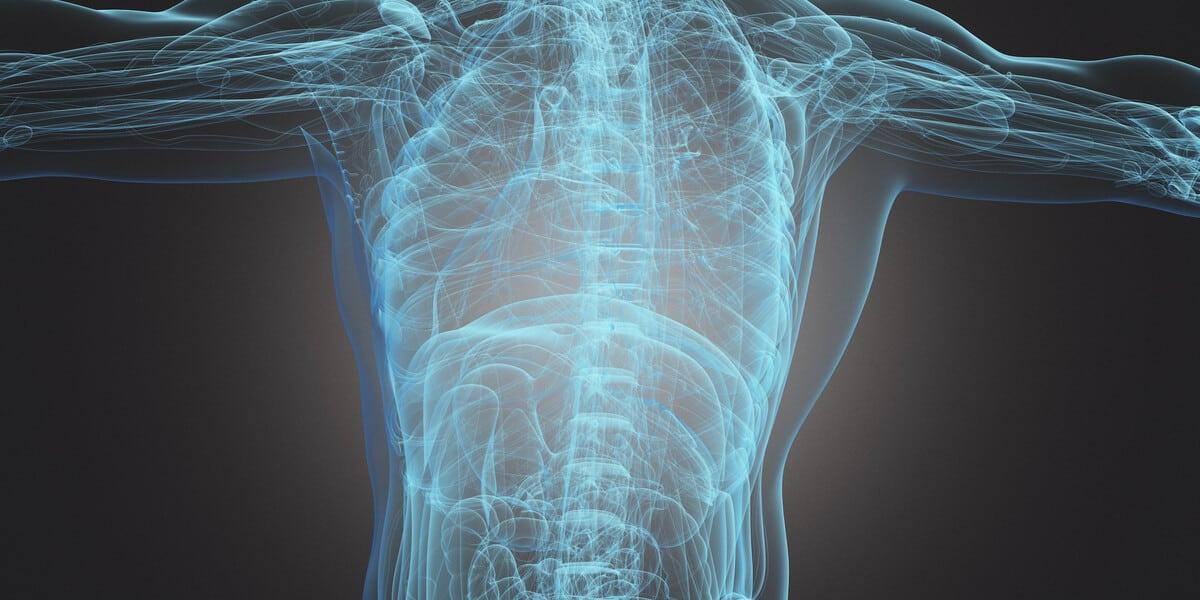 Bild eines Menschen bei einer Radiographie